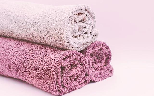 30代ママでも綺麗になるために蒸しタオルを用意する画像