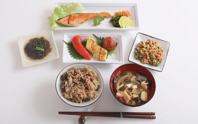 バランスの良い食事の画像